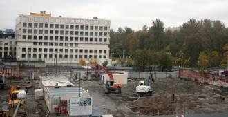 Эрмитаж о строительстве фондохранилища: Подрядчик продолжает работы в обычном сложном режиме