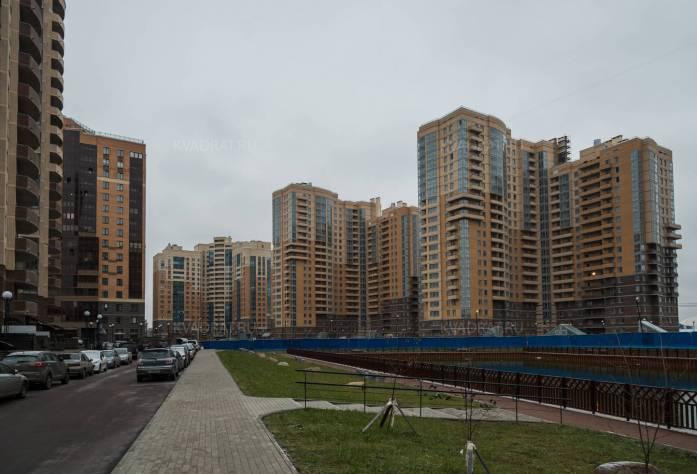 Строительство ЖК «Академ-Парк» (май 2015г.)