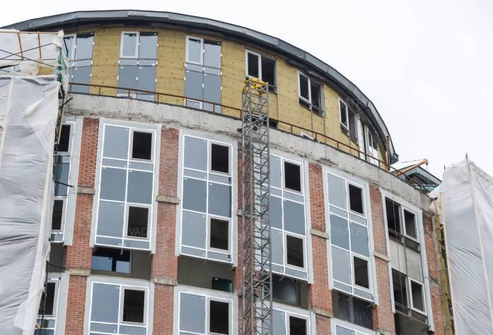 Строительство ЖК «Самоцветы» (фасад)