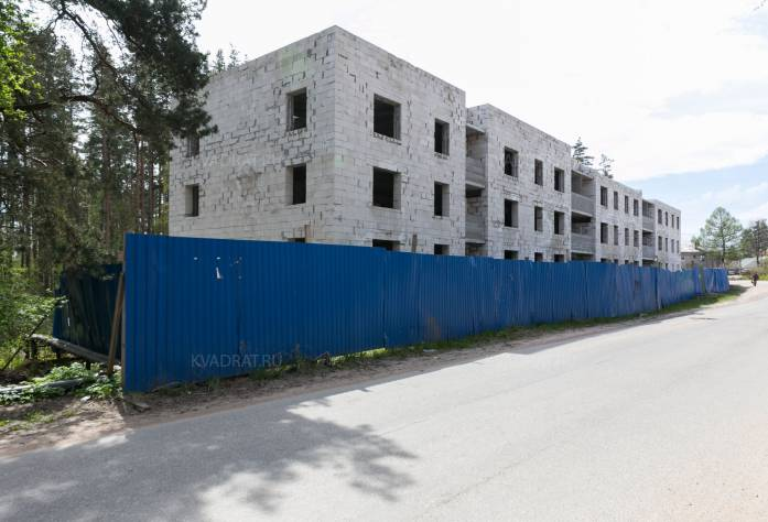 Жилой комплекс «Дом на Лесной улице» (май 2017)
