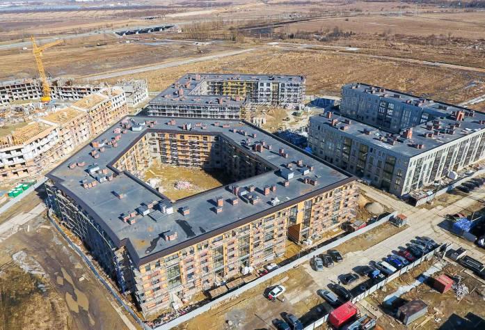 Жилой комплекс «Неоклассика»: ход строительства 1 очереди (апрель, 2018)