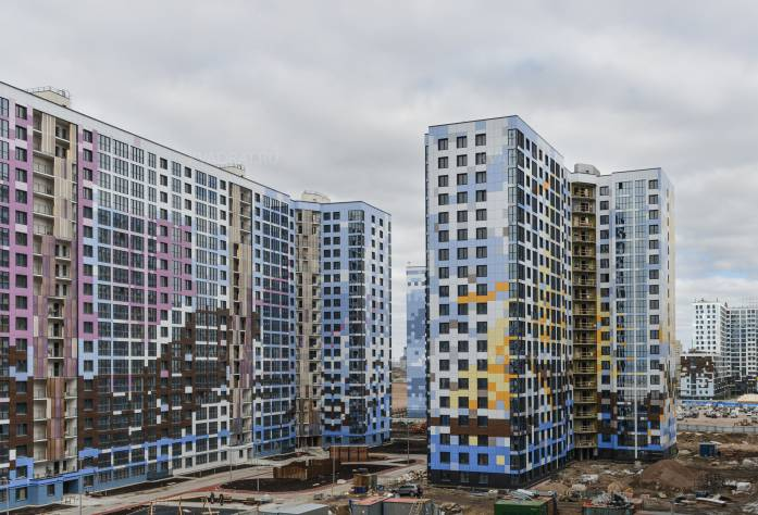 Жилой комплекс «Светлый мир «Я-Романтик», апрель 2018