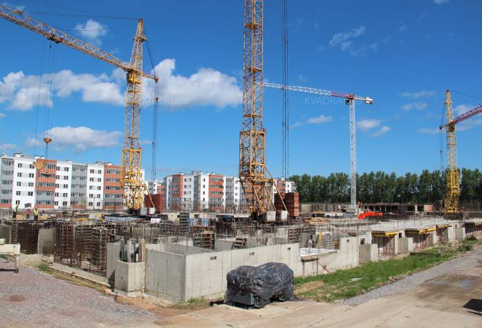 ЖК «Новый Петергоф»: ход строительства, пятая очередь, июнь