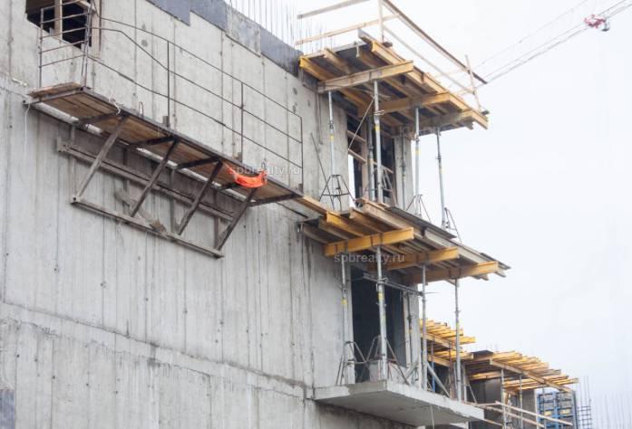 Ход строительства ЖК «Полис на Неве»: июнь 2018 г.