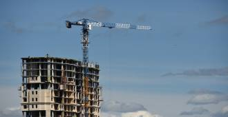 «Строить нельзя запретить»: ограничения вывода жилья в продажу разгоняют цены