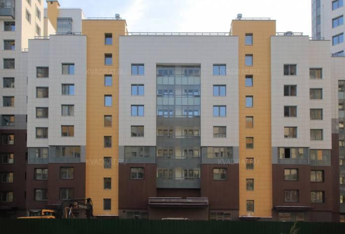 Строительство ЖК «Триумф Парк» (построенный корпус)
